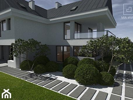 Aranżacje wnętrz - Ogród: projekt ogrodu minimalistycznego - MIA studio. Przeglądaj, dodawaj i zapisuj najlepsze zdjęcia, pomysły i inspiracje designerskie. W bazie mamy już prawie milion fotografii!