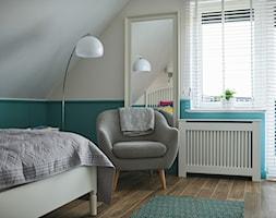 pokój z sztukaterią na ścianie - zdjęcie od StudioAtoato