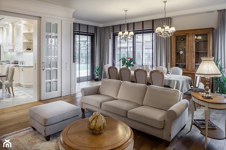 Konstancja 2 - Średni biały beżowy salon z kuchnią z jadalnią, styl klasyczny - zdjęcie od architekt Roland Stańczyk | RS Studio Projektowe