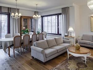 Konstancja 2 - Średni biały salon z jadalnią, styl klasyczny - zdjęcie od architekt Roland Stańczyk | RS Studio Projektowe