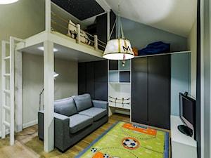 Średni beżowy niebieski pokój dziecka dla chłopca dla nastolatka - zdjęcie od Joanna Bajor
