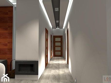 Aranżacje wnętrz - Hol / Przedpokój: Oświetlenie - Hol / przedpokój, styl nowoczesny - EBBE Design Projektowanie Wnętrz. Przeglądaj, dodawaj i zapisuj najlepsze zdjęcia, pomysły i inspiracje designerskie. W bazie mamy już prawie milion fotografii!