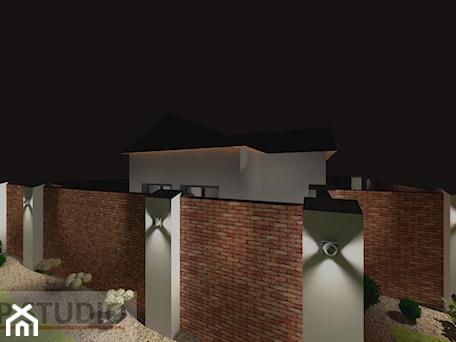 Aranżacje wnętrz - Domy: oświetlenie zewnętrzne domu jednorodzinnego - EBBE Design Projektowanie Wnętrz. Przeglądaj, dodawaj i zapisuj najlepsze zdjęcia, pomysły i inspiracje designerskie. W bazie mamy już prawie milion fotografii!