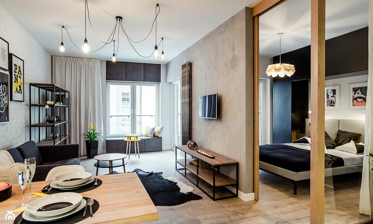 przestronny salon w stylu nowoczesnym