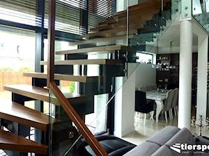 Nowoczesny dom i nasze nowoczesne schody