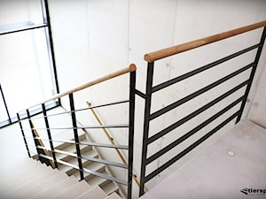 Balustrady w klatce schodowej
