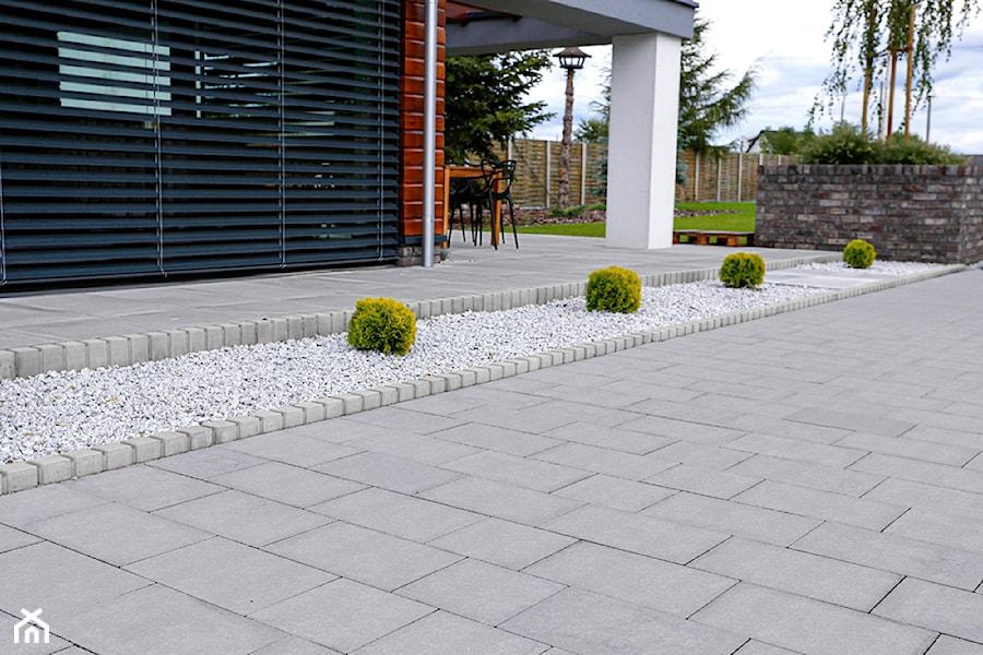 Jadar Garden - Taras, styl minimalistyczny - zdjęcie od Jadar