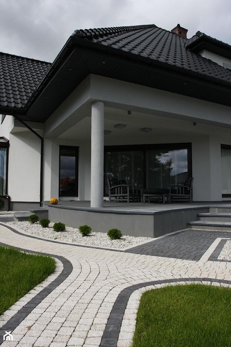 Jadar Garden - Domy tradycyjne, styl tradycyjny - zdjęcie od Jadar