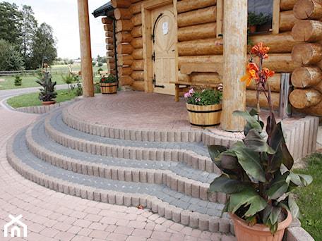 Aranżacje wnętrz - Ogród: Jadar Garden - Ogród w stylu skandynawskim, styl skandynawski - Jadar. Przeglądaj, dodawaj i zapisuj najlepsze zdjęcia, pomysły i inspiracje designerskie. W bazie mamy już prawie milion fotografii!