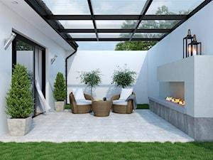 Febe - Średni taras z tyłu domu, styl nowoczesny - zdjęcie od Cersanit