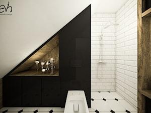 Potrójna łazienka - Mała biała czarna łazienka na poddaszu w domu jednorodzinnym bez okna, styl industrialny - zdjęcie od Evin