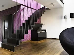 Wrocław - Ołtaszyn - Średnie wąskie schody jednobiegowe metalowe, styl nowoczesny - zdjęcie od razoo-architekci