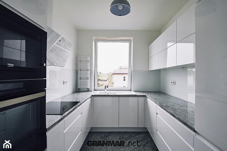 Blat kuchenny z naturalnego granitu Wiscount White   Kamieniarstwo Borowa Góra - zdjęcie od GRANMAR.net - Borowa Góra