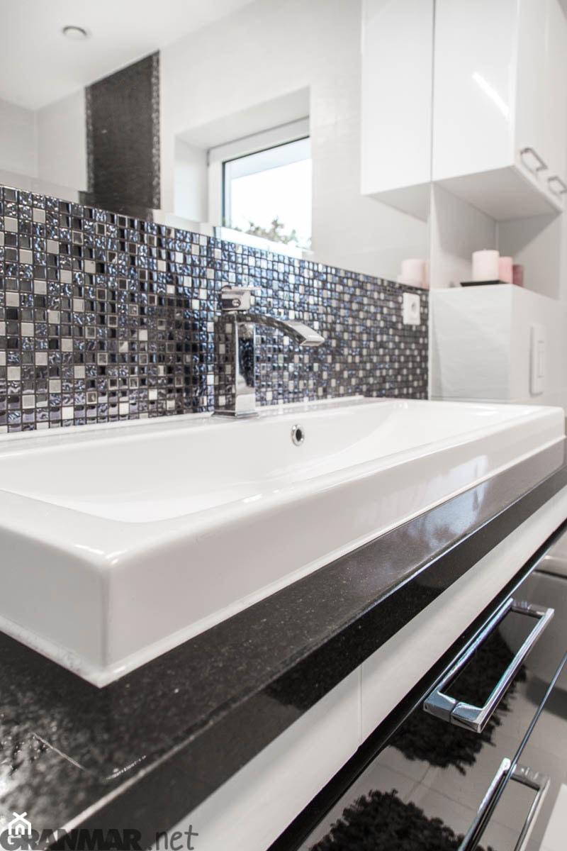 Blat Do łazienki Z Granitu Nero Assoluto Zdjęcie Od