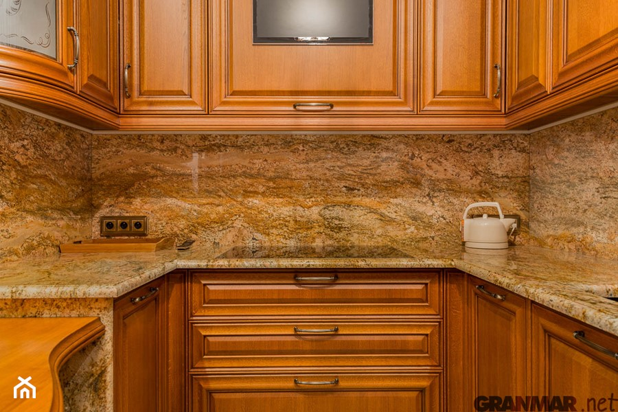Zaawansowane Blat kuchenny z granitu Imperial Gold. - zdjęcie od GRANMAR.net JX66