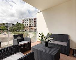 Apartament 41 metrów z przeznaczeniem pod wynajem - Mały średni taras z tyłu domu - zdjęcie od Apartments M&M- obsługa i aranżacja nieruchomości