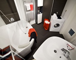 Tradycyjna łazienka z wanną Rosa 95 - zdjęcie od RAVAK