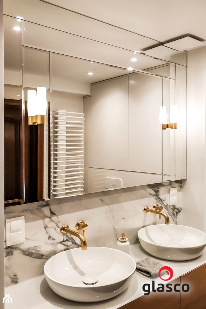 Glasco Liczy się EFEKT - Średnia szara łazienka w bloku w domu jednorodzinnym bez okna - zdjęcie od Glasco