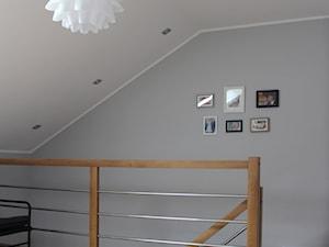 Adaptacja poddasza w Wąchocku - Schody, styl skandynawski - zdjęcie od NOVI_projektowanie