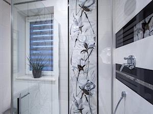 Łazienka z motywem kwiatowym - zdjęcie od Pracownia Projektowania Wnętrz Małgorzata Czapla