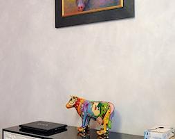 W krakowskiej kamienicy - Mały szary pokój dziecka dla chłopca dla dziewczynki dla malucha dla nastolatka, styl glamour - zdjęcie od Artema Pracownia Architektury Wnętrz Agnieszka Krawczyk