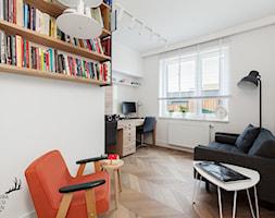 Minimalistyczny apartament na Wilanowie - Średnie białe biuro domowe kącik do pracy w pokoju, styl minimalistyczny - zdjęcie od KRUBA DESIGN