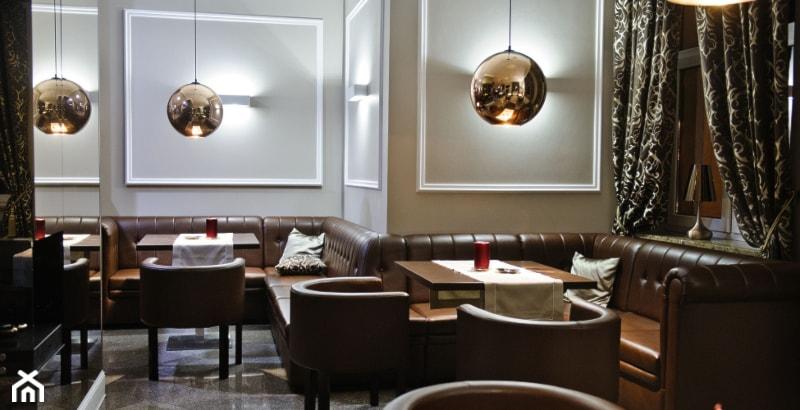 Oryginalne I Nowoczesne Oświetlenie Wnętrza Kawiarni Złote