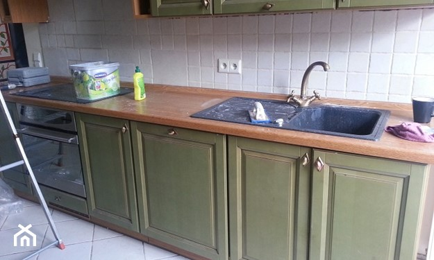 malowanie mebli kuchennych przed i po