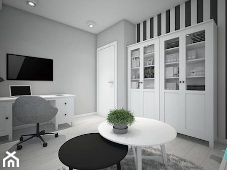 Aranżacje wnętrz - Biuro: Classic always fashionable - Średnie czarne szare białe biuro domowe w pokoju, styl klasyczny - TEMA Architekci. Przeglądaj, dodawaj i zapisuj najlepsze zdjęcia, pomysły i inspiracje designerskie. W bazie mamy już prawie milion fotografii!