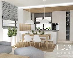 Salon z Sówką - Duża otwarta biała kuchnia w kształcie litery u w aneksie z wyspą, styl skandynawski - zdjęcie od ROOM STUDIO