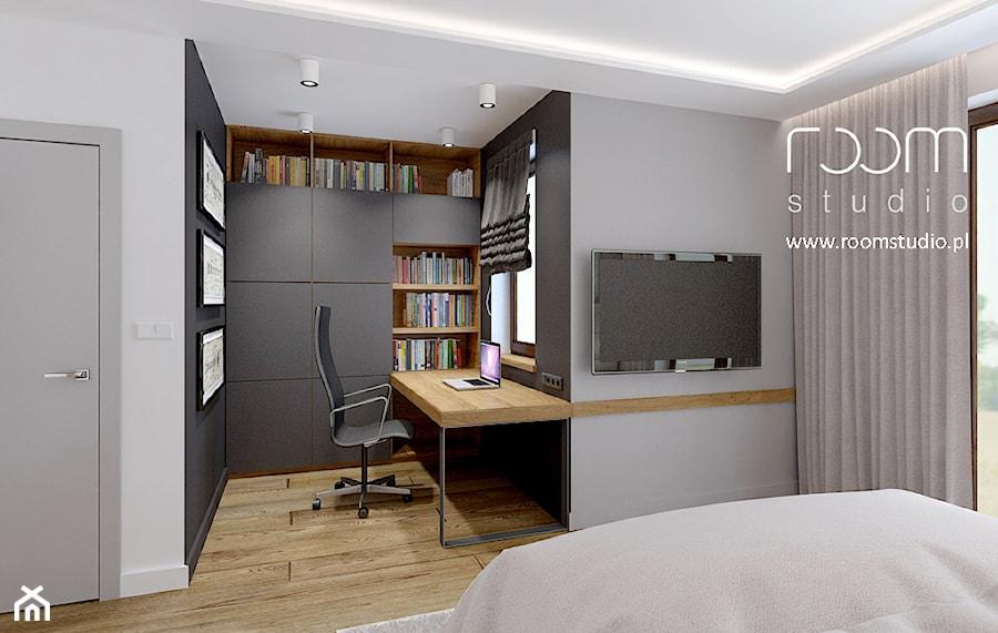 Dom jednorodzinny - Żerniki, Wrocław - Średnie szare biuro domowe kącik do pracy w pokoju, styl nowoczesny - zdjęcie od ROOM STUDIO