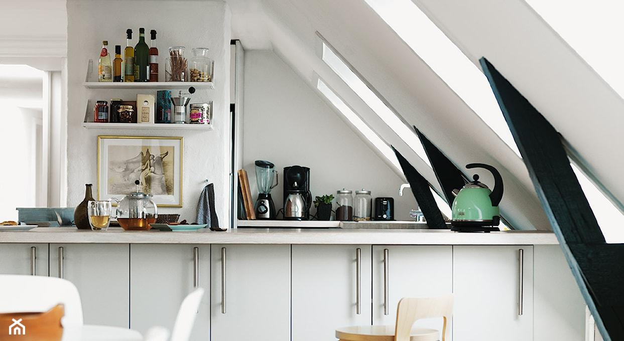 Kuchnia na poddaszu  na co zwrócić uwagę urządzając?  Homebook pl -> Kuchnia Na Wymiar Na Co Zwrócić Uwage