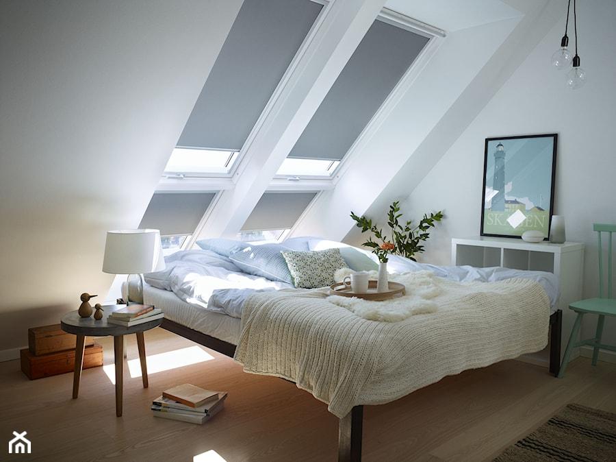 Sypialnia Na Poddaszu Inspiracje Velux Mała Biała