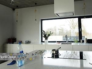 Okna, drzwi, szkło architektoniczne 002