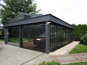 Garaż ogrodowy :)