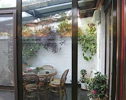 Ogród zimowy Kraków 6 - Mały ogród za domem z altaną, styl tradycyjny - zdjęcie od ALPINA Ogrody zimowe ,. oranżerie, zadaszenia, szkło architektoniczne