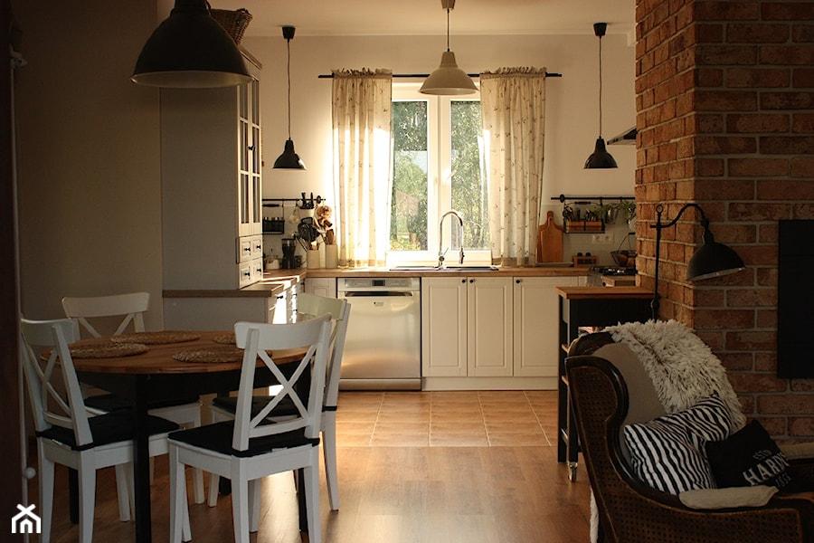 Lico ceglane Gotyckie w kuchni - zdjęcie od Retrocegla.pl