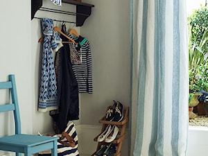 Inspiracje - Mała szara sypialnia, styl eklektyczny - zdjęcie od Anna