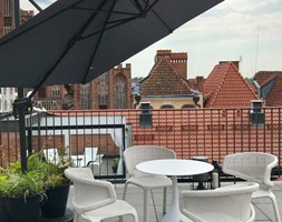 wnętrz komercyjne - Duży taras na dachu - zdjęcie od U design Janusz Płoszaj