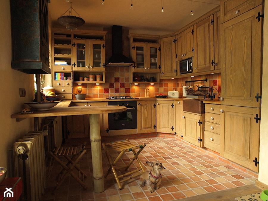 Cegła na podłogę  zdjęcie od Kamstar -> Kuchnia I Cegla
