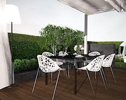 Projekt ogrodu przydomowego w Solcu - Średni ogród za domem z altaną z jacuzzi, styl nowoczesny - zdjęcie od Line Design