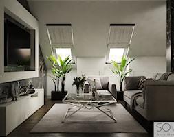 Projekt domu w Ożarowie Mazowieckim - Duża biała sypialnia dla gości małżeńska na poddaszu, styl nowoczesny - zdjęcie od Architektura wnętrz Sylwia Woch