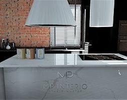 OLD TIMES - Średnia zamknięta czarna kuchnia jednorzędowa z wyspą z oknem, styl eklektyczny - zdjęcie od MP Interio
