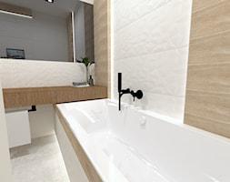 Łazienka w Pakości - Mała szara łazienka w bloku w domu jednorodzinnym jako salon kąpielowy bez okna, styl nowoczesny - zdjęcie od EŻ ARCHITECT Pracownia architektoniczna Ewelina Żuchowska