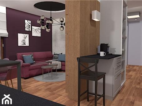 Mieszkanie w fiolecie Pantone 2018 - Mały fioletowy salon z jadalnią - zdjęcie od MdoKwadratu