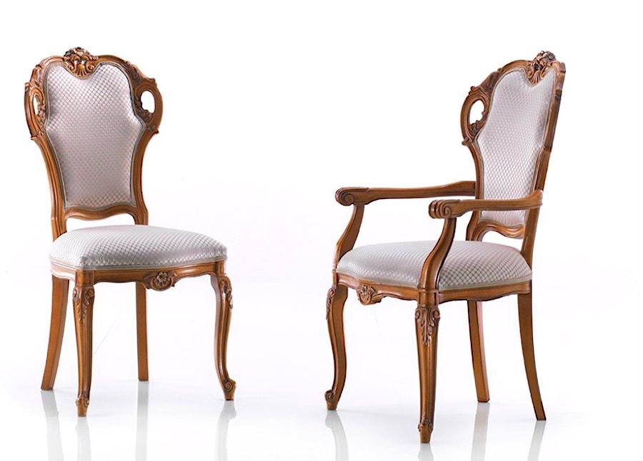 Klasyczne Krzesla Do Jadalni Zdjecie Od Green Valley Meble Homebook
