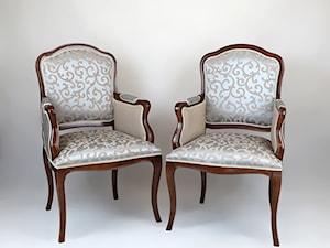 Klasyczne sofy do eleganckich wnętrz
