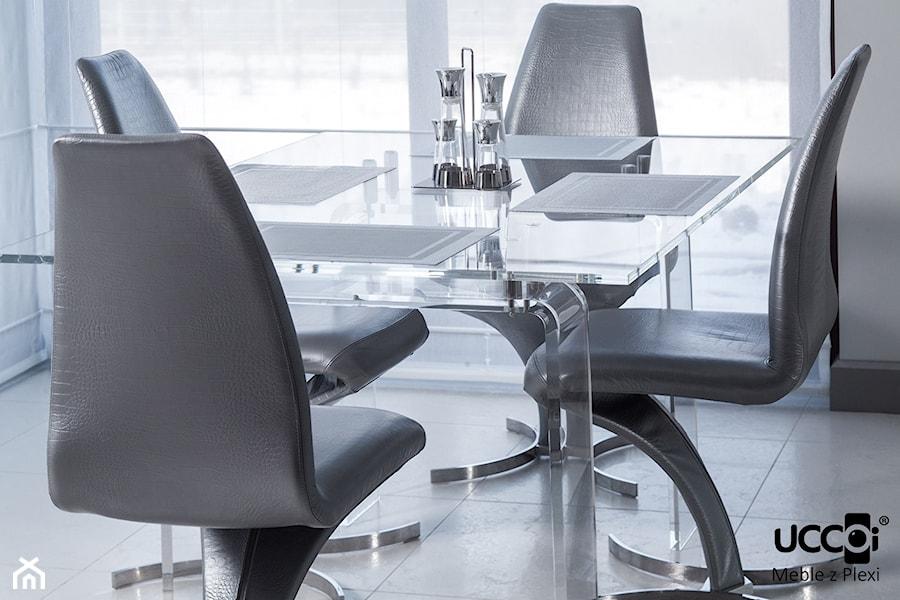 Akrylowy stół do jadalni - zdjęcie od UCCOI® meble z plexi