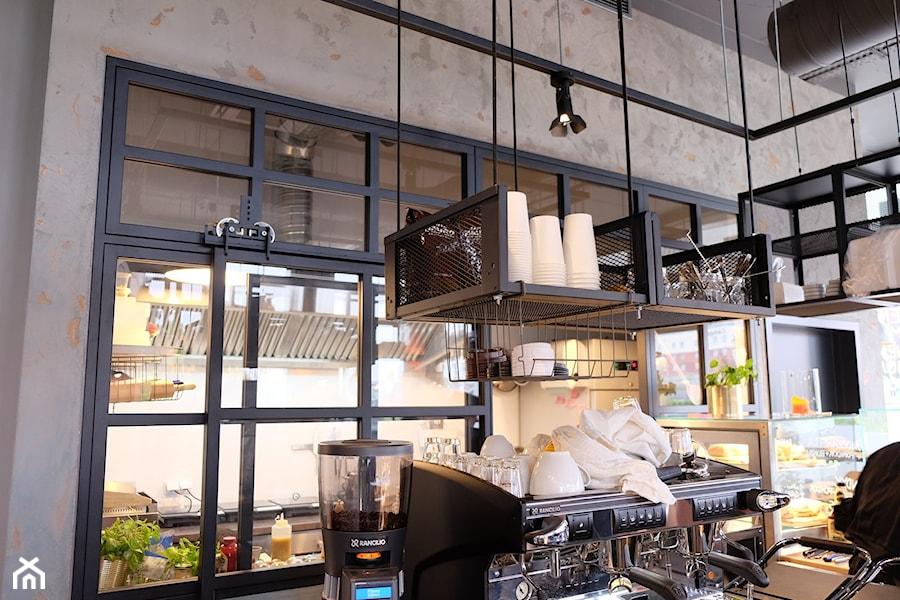 Zenka Cafe Wrocław - Wnętrza publiczne, styl industrialny - zdjęcie od Icon Concept