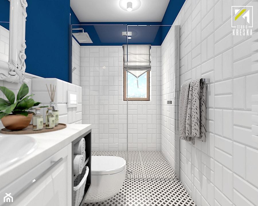 Aranżacje wnętrz - Łazienka: Niebieski dom w Smardzowie - Średnia biała niebieska łazienka na poddaszu w bloku w domu jednorodzinnym z oknem, styl klasyczny - kreska.studio. Przeglądaj, dodawaj i zapisuj najlepsze zdjęcia, pomysły i inspiracje designerskie. W bazie mamy już prawie milion fotografii!